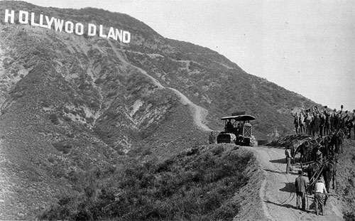 hollywoodsign_3.jpg